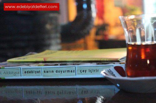 Çay ve  Kitap