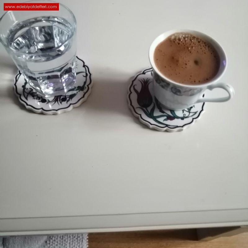 Kahve Her Dem Baş Tacı