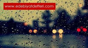 Yağmurda Gülüyor Resmine