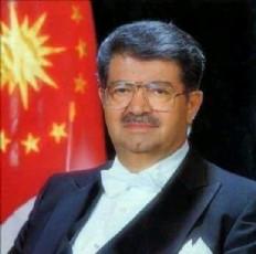 Cumhurbaşkanı Turgut Özal