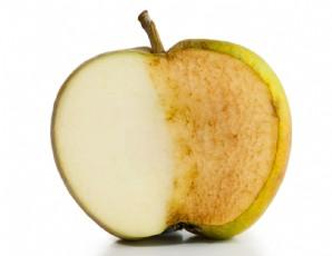 Kabuğunu soymakla elmaya kastediyorsun