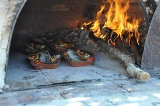 Gelinler Ocakta Odun Ateşinde Yemek Pişiriyor Programına Hoş Geldiniz.1.Bölüm